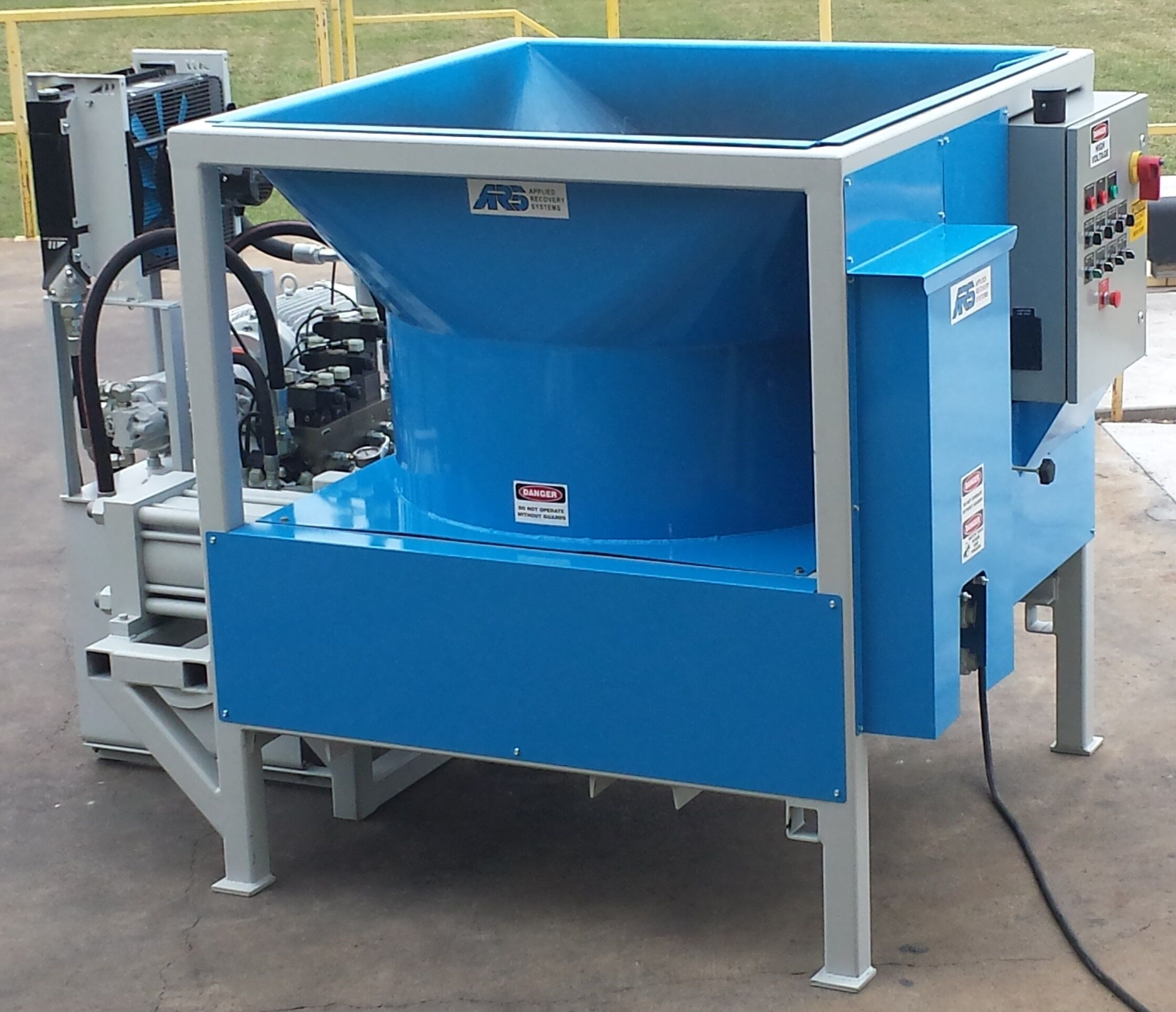 Whitey S Metal Recycling Home: Metal Compactors For Scrap Recovery
